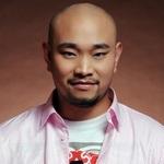 东方健 歌手图片
