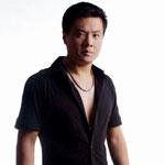 王歌伦 歌手图片