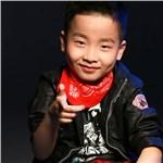 尹博卿 歌手图片