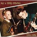 Phil & Tommy Emmanuel的专辑 Terra Firma