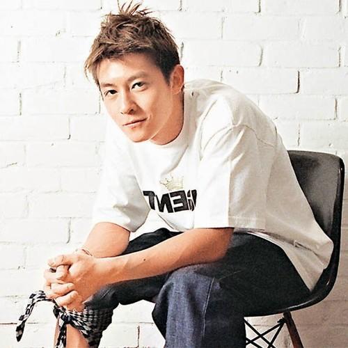 粉丝 138 歌曲 56 专辑 56 评论 英文姓名: edison chen 中文姓名:陈